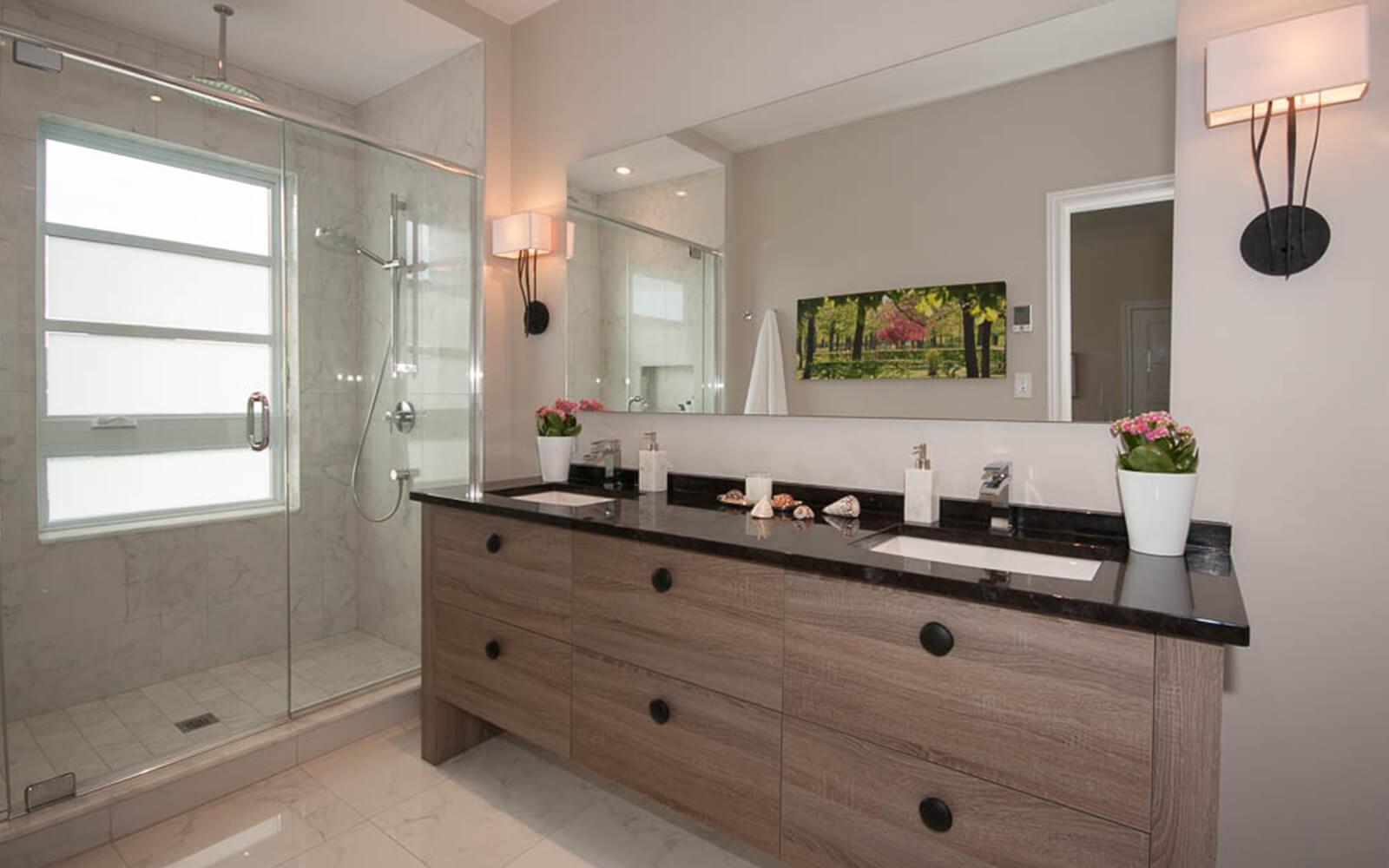 Projet de rénovation de salle de bain réalisée par la designer d'intérieur Lyne Côté
