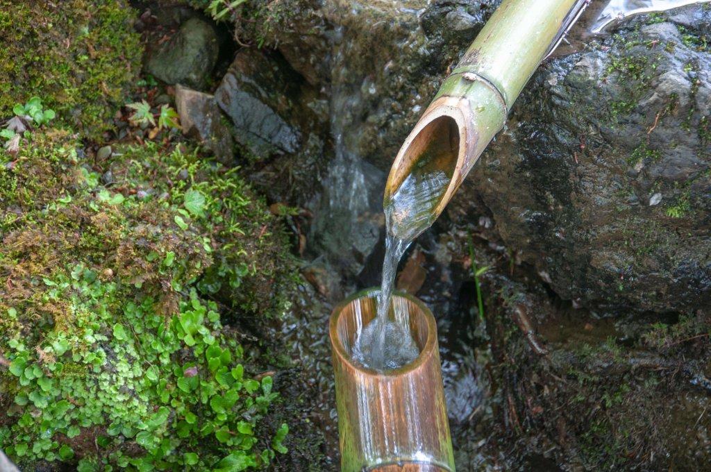 Canalisation en bambou au Japon