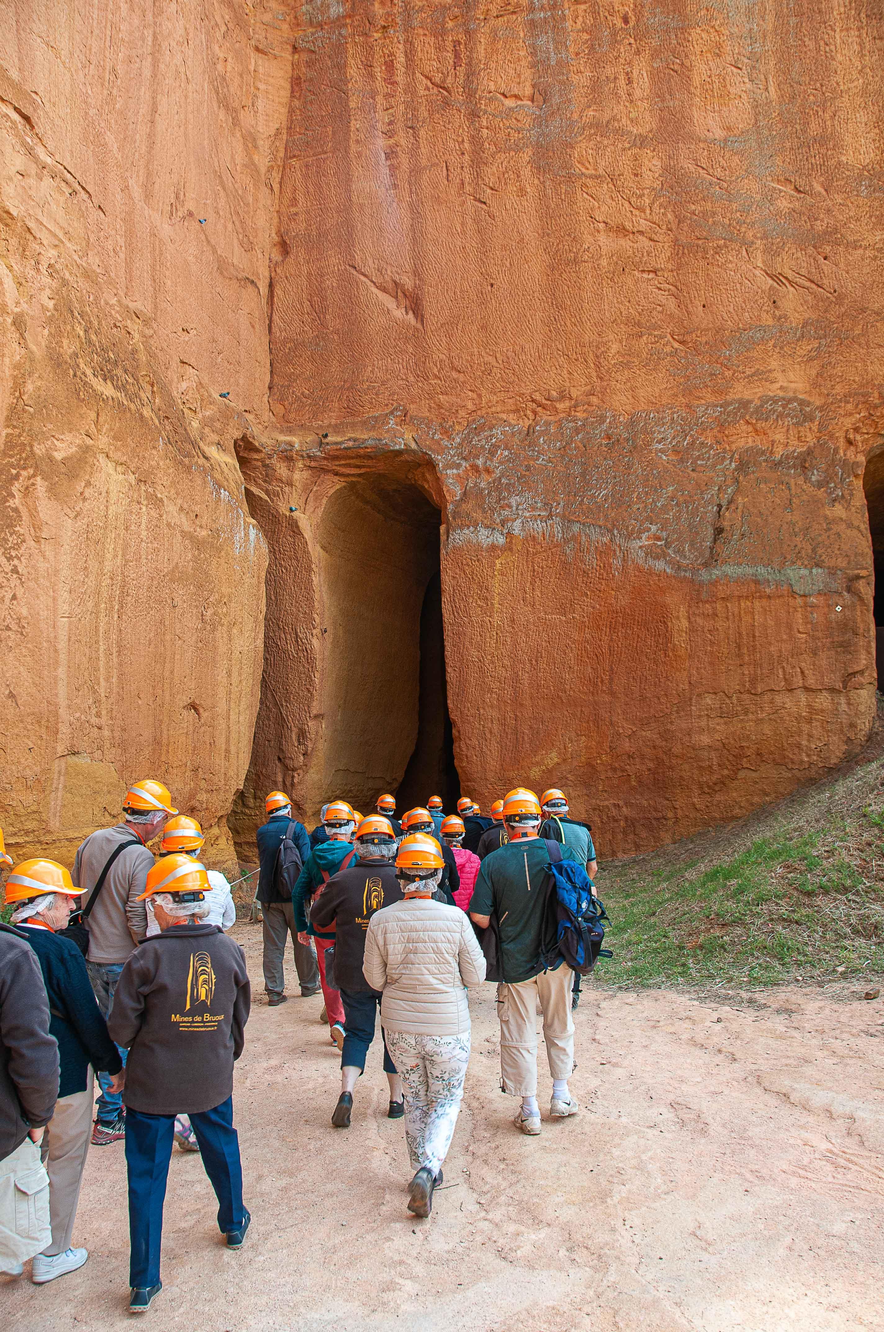 Une visite fort intéressante d'une mine d'ocre